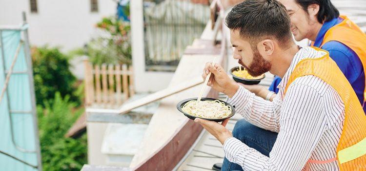 Komuinajakich zasadach przysługują posiłki profilaktyczne?