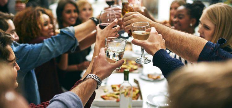 Jak zadbać odobre wyżywienie przy organizacji eventu?